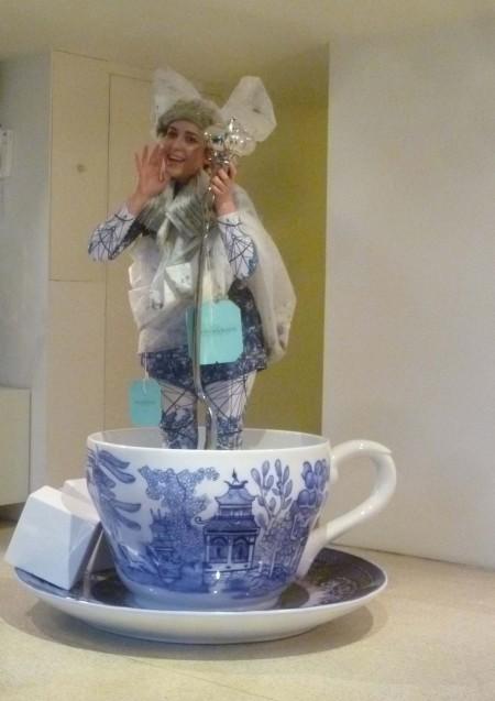 22.petra_storrs_tea_cup