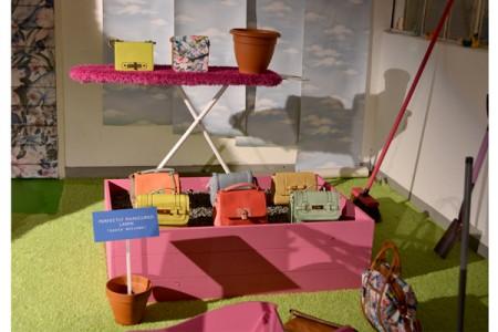 Garden beds of accessories